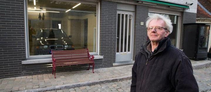 Die Stadtverwaltung verbot diesem Mann eine Garage zu bauen, doch seine Lösung des Problems ist einfach genial!