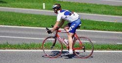 Mallorca: Radfahrer rast mit 100 km/h auf der Autobahn